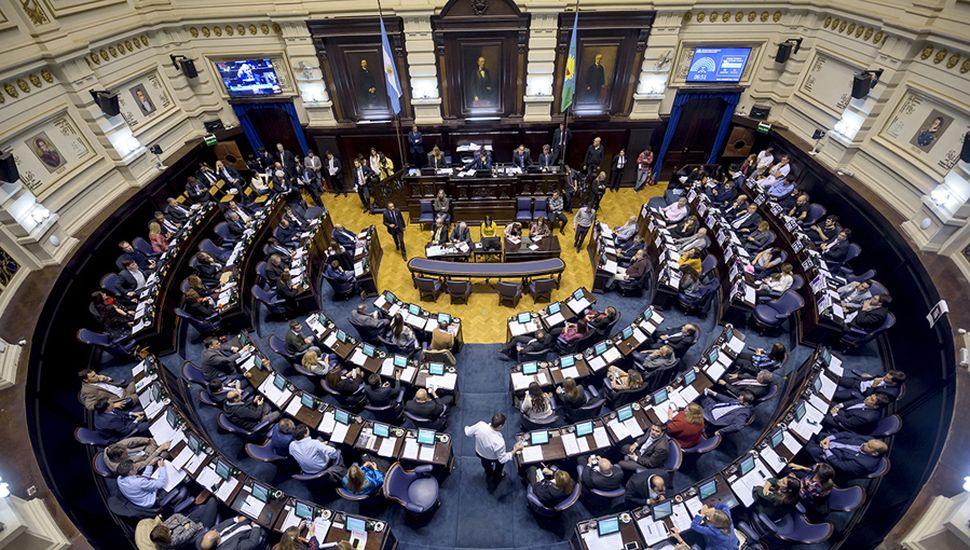 Buscan avanzar en el dictamen de reforma de impuesto a las Ganancias para empresas