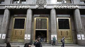 El beneficio en Ganancias para quienes ganan menos de 150.000 pesos demorará dos meses